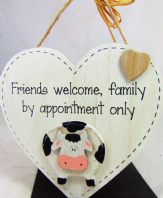 FARM FRIENDS (COW)FRIENDS WELCOME FAMILY BY..HEART SHAPE WOODEN HANGING SIGN